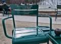 أشعار محمود درويش تُزيّن مقاعد حديقة فرنسية
