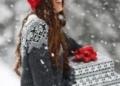 """أفكار لارتداء الـ""""أيس كاب"""" في الشتاء"""