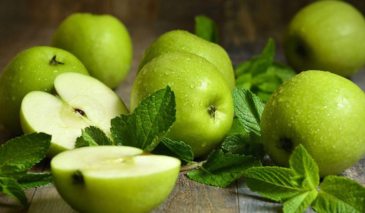هذا ما يحدث لجسمك عند تناول التفاح الأخضر يومياً